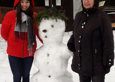 Valentina und ihr erster Schneemann